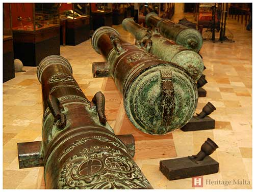 Heavy Bronze Artillery Pieces